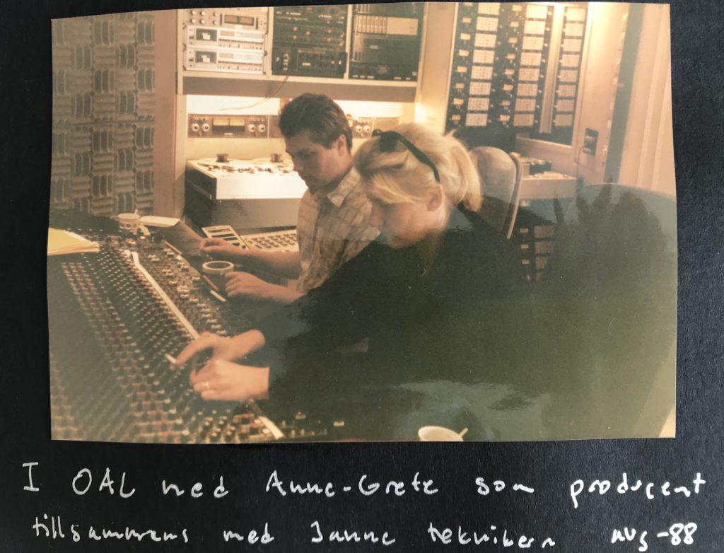 i studio OAL med Anne-Grete Preus